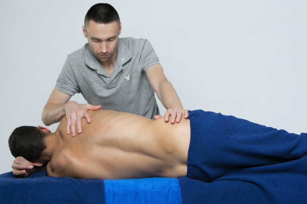 Mjukvävnadstekniker massage